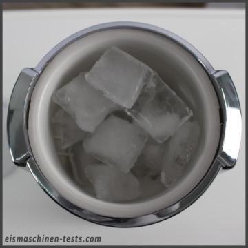 Produktbild - Ice Crusher mit Eiswürfeln