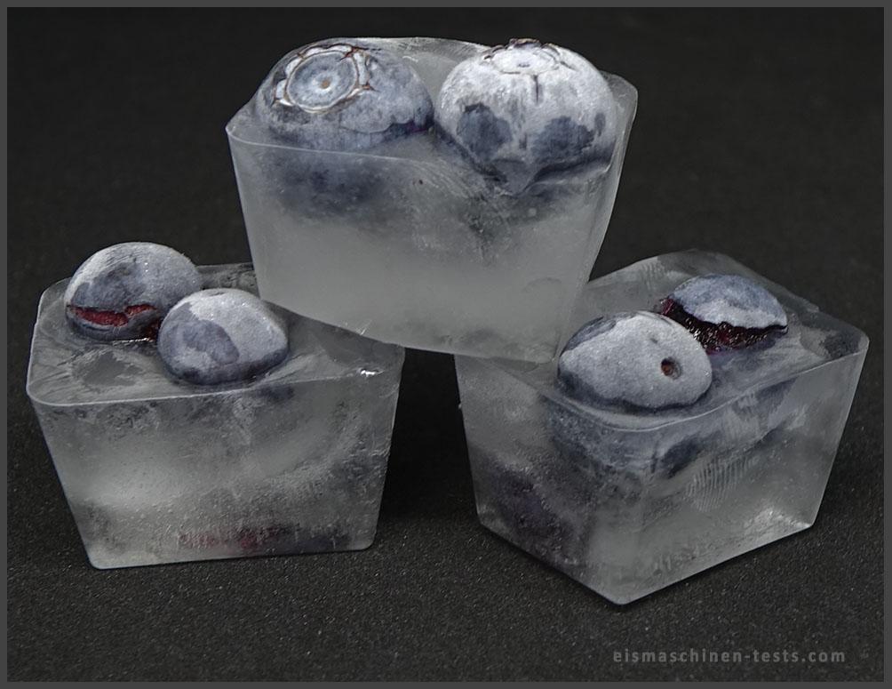 Brombeere Eiswürfel selber machen - Eismaschinen Tests com - Bild1